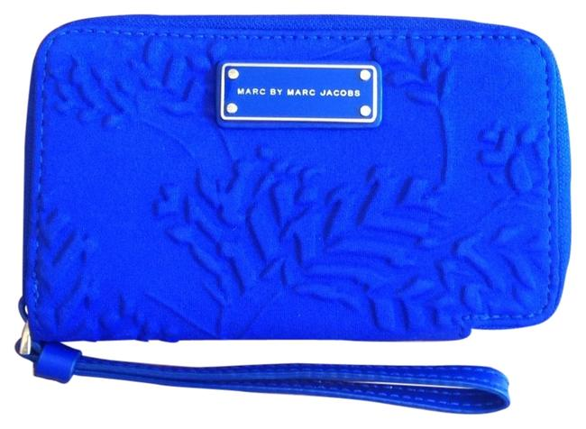 Item - Blue Cotton Wristlet