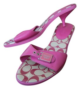 Coach Buckle Logo Pink Pumps