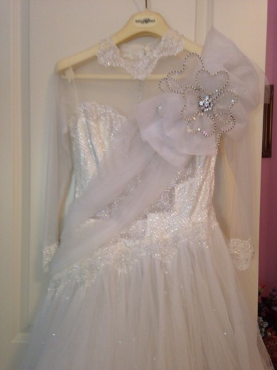 White Tulle Lace Sequins Crystals Pearls Ballgown Vintage Dress Size Petite 4 (S)