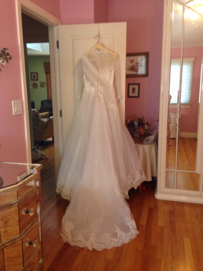 White Tulle Lace Sequins Crystals Pearls Ballgown Vintage Wedding Dress Size Petite 4 (S)