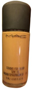 MAC Cosmetics GENTLY USED MAC STUDIO FIX FLUID NC30