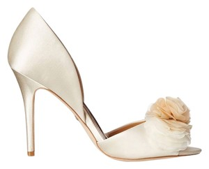 Badgley Mischka Ginseng Satin Flower Rosette Ivory Pumps
