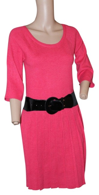 Preload https://item3.tradesy.com/images/signature-by-robbie-bee-bright-pink-scoopneck-pleated-sweater-short-workoffice-dress-size-6-s-5292457-0-0.jpg?width=400&height=650