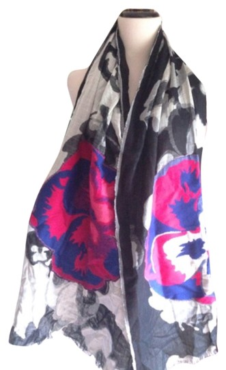 Preload https://item3.tradesy.com/images/esprit-floral-gypson-cotton-scarfwrap-5293267-0-0.jpg?width=440&height=440