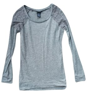 Rue 21 Top Grey