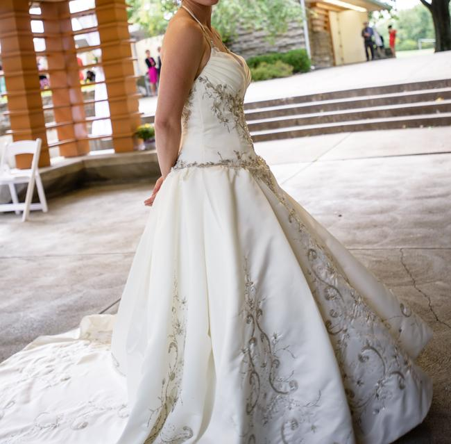 Elegant Embroidery Embellishment Ball Gown Traditional: Mary's Bridal Ivory Wedding Ball Gown Sweetheart Applique