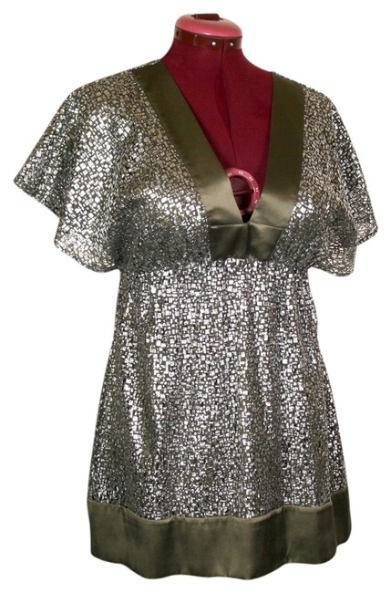 Preload https://item1.tradesy.com/images/hale-bob-silver-metallic-blouse-size-6-s-529555-0-0.jpg?width=400&height=650