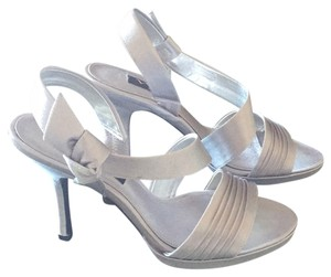 Nina Shoes Metalic silver Formal
