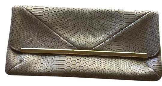 Preload https://item5.tradesy.com/images/unknown-clutch-grey-5296414-0-0.jpg?width=440&height=440