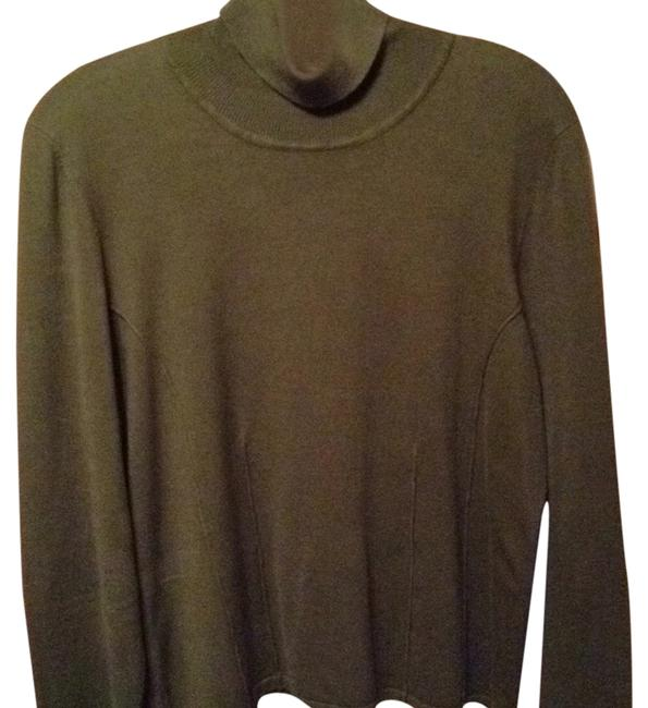 Preload https://item3.tradesy.com/images/doncaster-olive-green-silk-sweaterpullover-size-14-l-5296852-0-0.jpg?width=400&height=650
