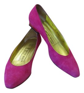 Bruno Magli Very Good Condtion Leather Pink Pumps