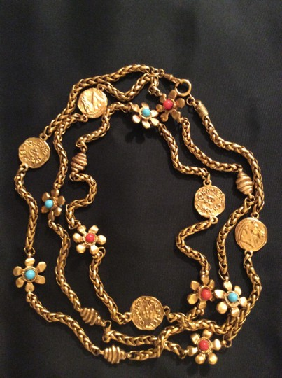 Chanel RARE VINTAGE CHANEL 1970's GRIPOIX FLOWER COIN SATOIR NECKLACE