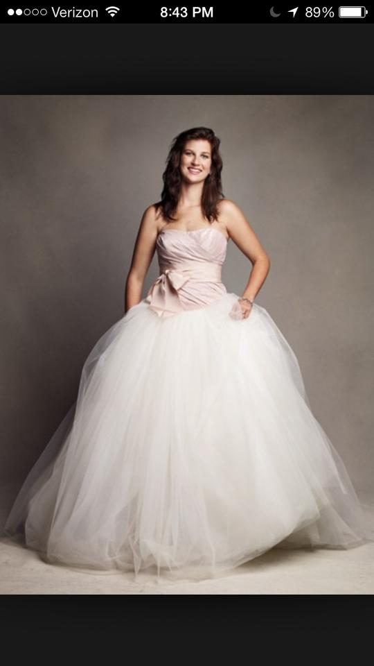 Ball Gown Wedding Dresses By Vera Wang : Vera wang tule ball gown wedding dress