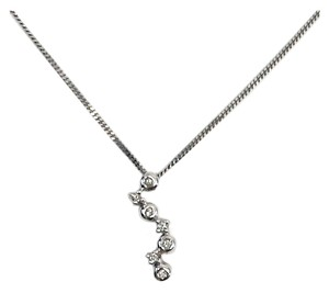 White Gold & Diamond Round Dangle Necklace (One Size)