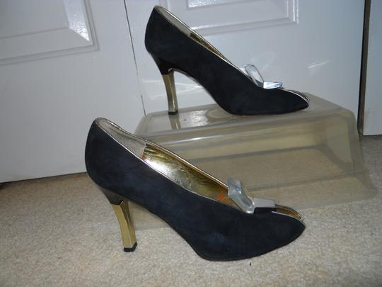 Charles Jourdan Leather Suede Art Deco black & gold Pumps Image 1