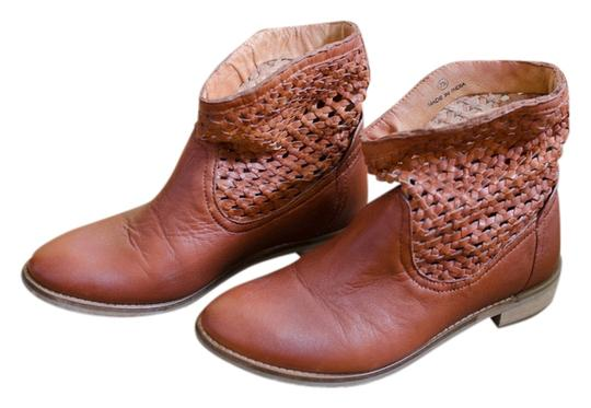 Preload https://item2.tradesy.com/images/seychelles-leather-vintage-cognac-boots-5301106-0-0.jpg?width=440&height=440