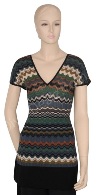 Preload https://item3.tradesy.com/images/m-missoni-multicolor-zigzag-tunic-sweaterpullover-size-8-m-530132-0-9.jpg?width=400&height=650