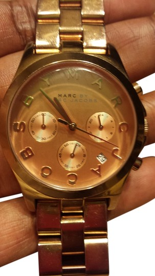 Preload https://img-static.tradesy.com/item/5301400/marc-by-marc-jacobs-rose-gold-ladies-watch-0-0-540-540.jpg