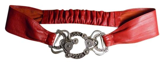 Preload https://item1.tradesy.com/images/chico-s-red-leather-belt-5301550-0-0.jpg?width=440&height=440