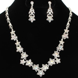 Bridesmaids Rhinestone Flower Necklace And Earring Set