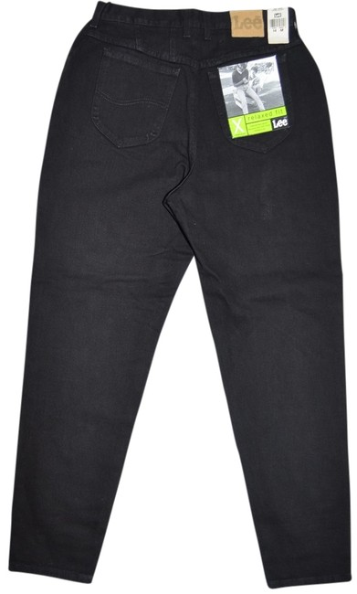 Preload https://item4.tradesy.com/images/lee-black-relaxed-fit-jeans-size-31-6-m-5303113-0-0.jpg?width=400&height=650