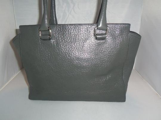 Coach Tote in SV / Graphite / Berry