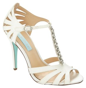 Betsey Johnson Blue Song Ivory Sandals