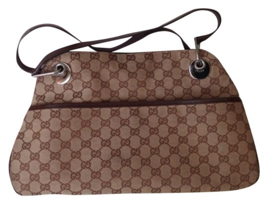 Preload https://item5.tradesy.com/images/gucci-messenger-shoulder-brown-fabric-tote-5304994-0-0.jpg?width=440&height=440