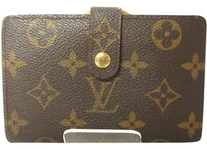 Louis Vuitton (EXCELLENT Codition) Auth LOUIS VUITTON Bifold Wallet Monogram Brown Kiss Lock Coin Case Purse