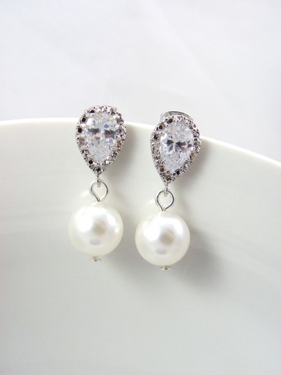 White/Ivory Pearl Swarovski Pearls Cubic Zirconia Sterling Silver Posts Bridesmaid Gift Earrings