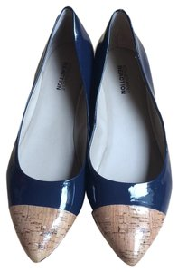 Kenneth Cole Cork/ Navy Flats