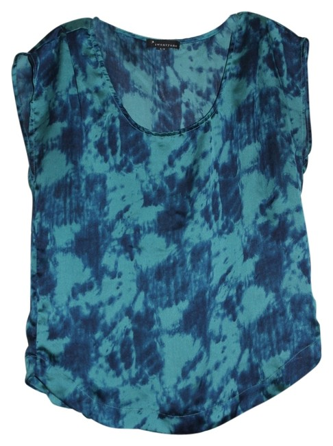 Preload https://item4.tradesy.com/images/forever-21-blue-tie-dye-blouse-size-6-s-5308063-0-0.jpg?width=400&height=650