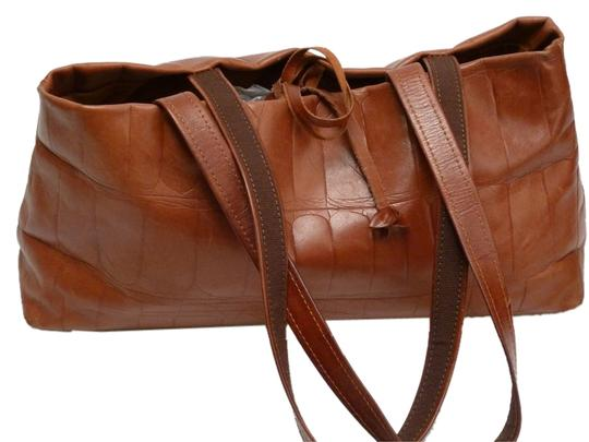 Preload https://item4.tradesy.com/images/falor-leather-italian-shoulder-bag-brown-5308528-0-0.jpg?width=440&height=440