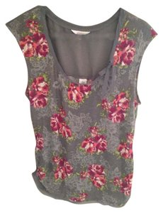 Candie's Top Grey Floral