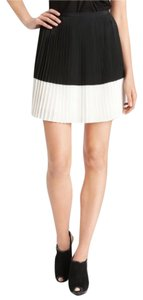 Vince Camuto Mini Skirt Black White