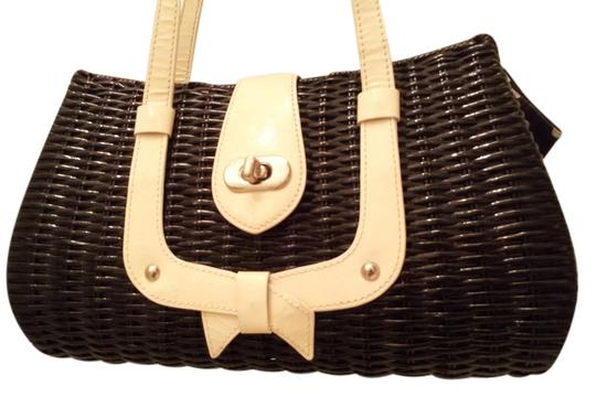 Preload https://item5.tradesy.com/images/isabella-fiore-picnic-basket-wicker-and-leather-satchel-5312914-0-0.jpg?width=440&height=440