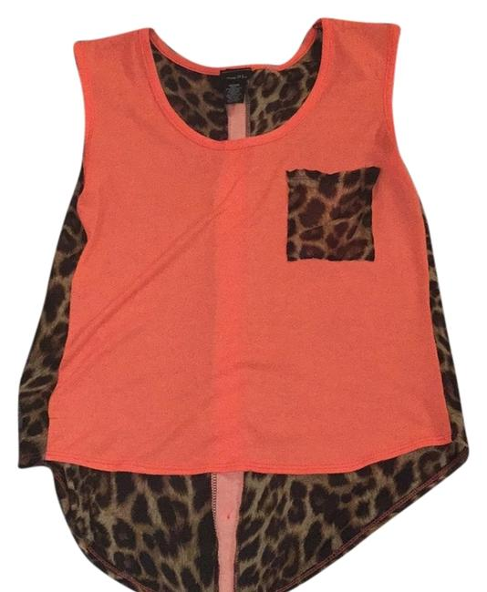 Preload https://item3.tradesy.com/images/rue-21-blouse-size-8-m-5314282-0-0.jpg?width=400&height=650