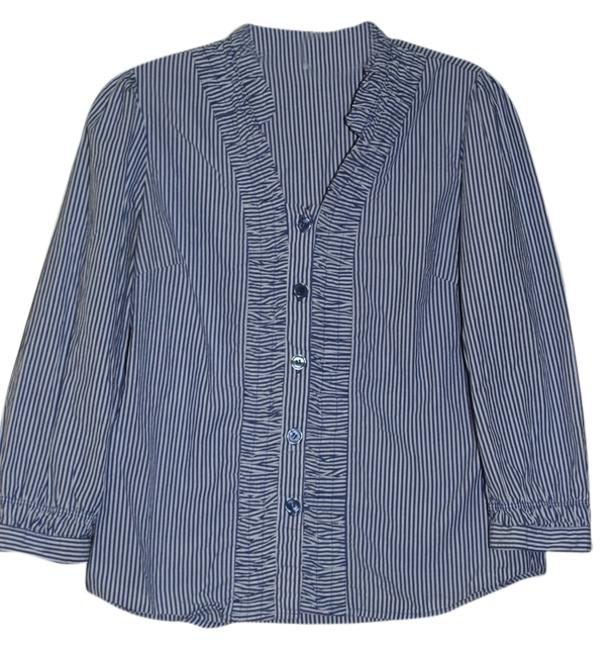 Preload https://item1.tradesy.com/images/harve-benard-blue-white-button-down-top-size-6-s-5315155-0-0.jpg?width=400&height=650
