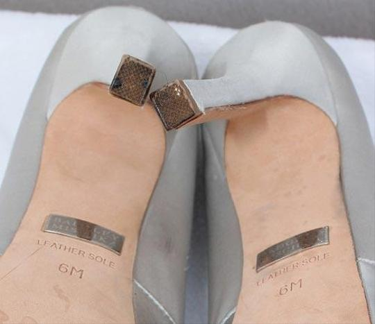 Badgley Mischka Vintage Made In Italy Near New 5 In. Heel Fine Leather Famous Designers Vintage Gray Platforms