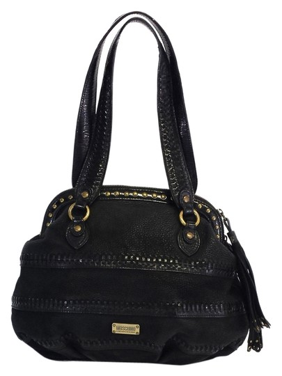 Preload https://item4.tradesy.com/images/moschino-cheap-and-chic-black-leather-one-size-shoulder-bag-5319373-0-0.jpg?width=440&height=440