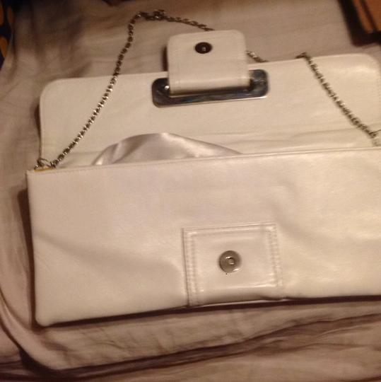Payless White/ Silver Clutch