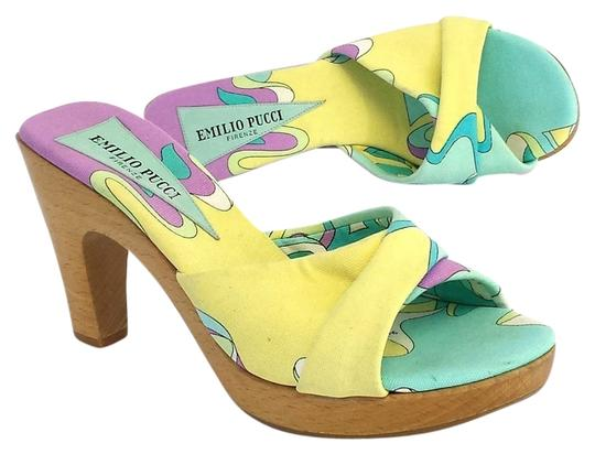 Preload https://item3.tradesy.com/images/emilio-pucci-multi-color-print-canvas-heels-sandals-size-us-65-5319832-0-0.jpg?width=440&height=440