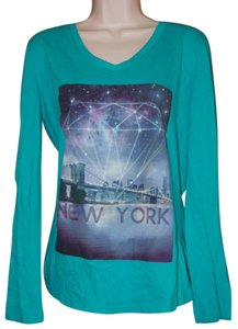 Rue 21 T Shirt Green multi
