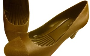 Easy Spirit Bronze Pumps