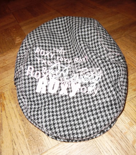Roxy ROXY GIRL Houndstooth Wool Blend Cabbie Newsboy Hat Cap
