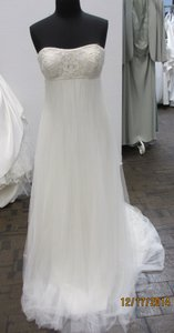St. Patrick Natural Tulle Eleanor Bridal (146l) Formal Wedding Dress Size 12 (L)