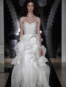 Reem Acra Tianna 4915 Wedding Dress