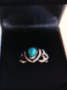 RING - Vintage Sterling Silver Ring with Turquoise Stone