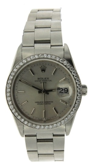 Preload https://item2.tradesy.com/images/rolex-date-stainless-steel-diamond-watch-5324296-0-0.jpg?width=440&height=440