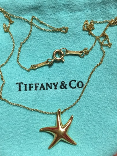 """Tiffany & Co. TIFFANY & CO - Solid 18k 18kt Gold STARFISH Pendant and 17"""" Chain - RETAIL = $1050"""
